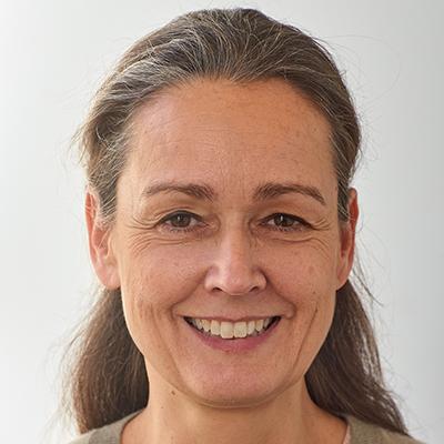 Louise Gummer